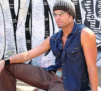 Enrique Iglesias look-alike