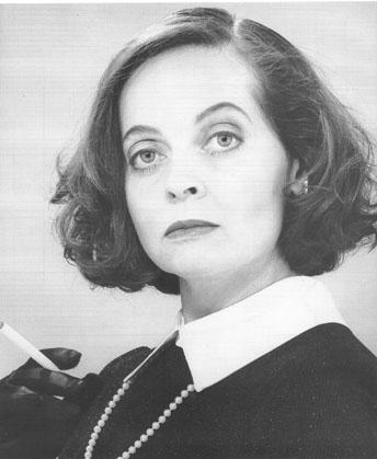 Bette Davis look-alike